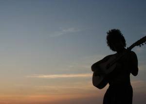 Felice al tramonto