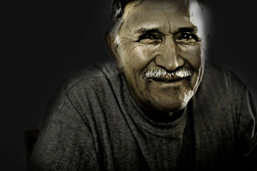 Ritratto di Sergio Medrano, il papa di Olga